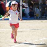 子供の偏平足、外反母趾。足の問題を予防する足育が大切。