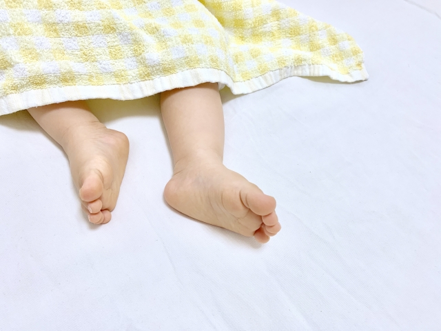 赤ちゃんの掛け布団 季節の使い分け